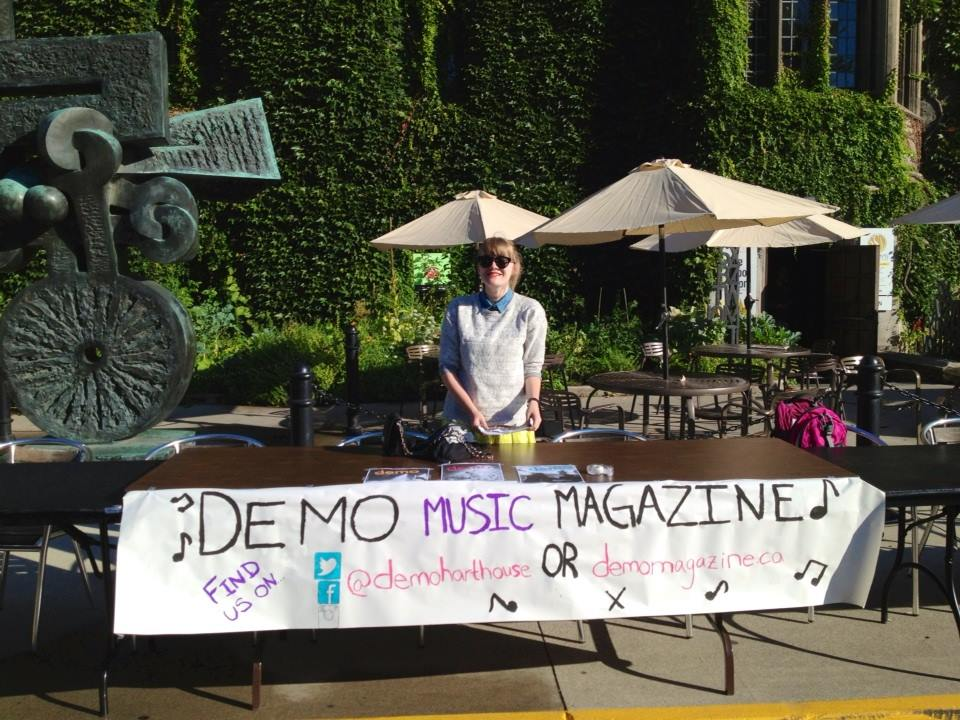 Fourth-year self, spreading the word about Demo magazine to first years at Clubs Day.