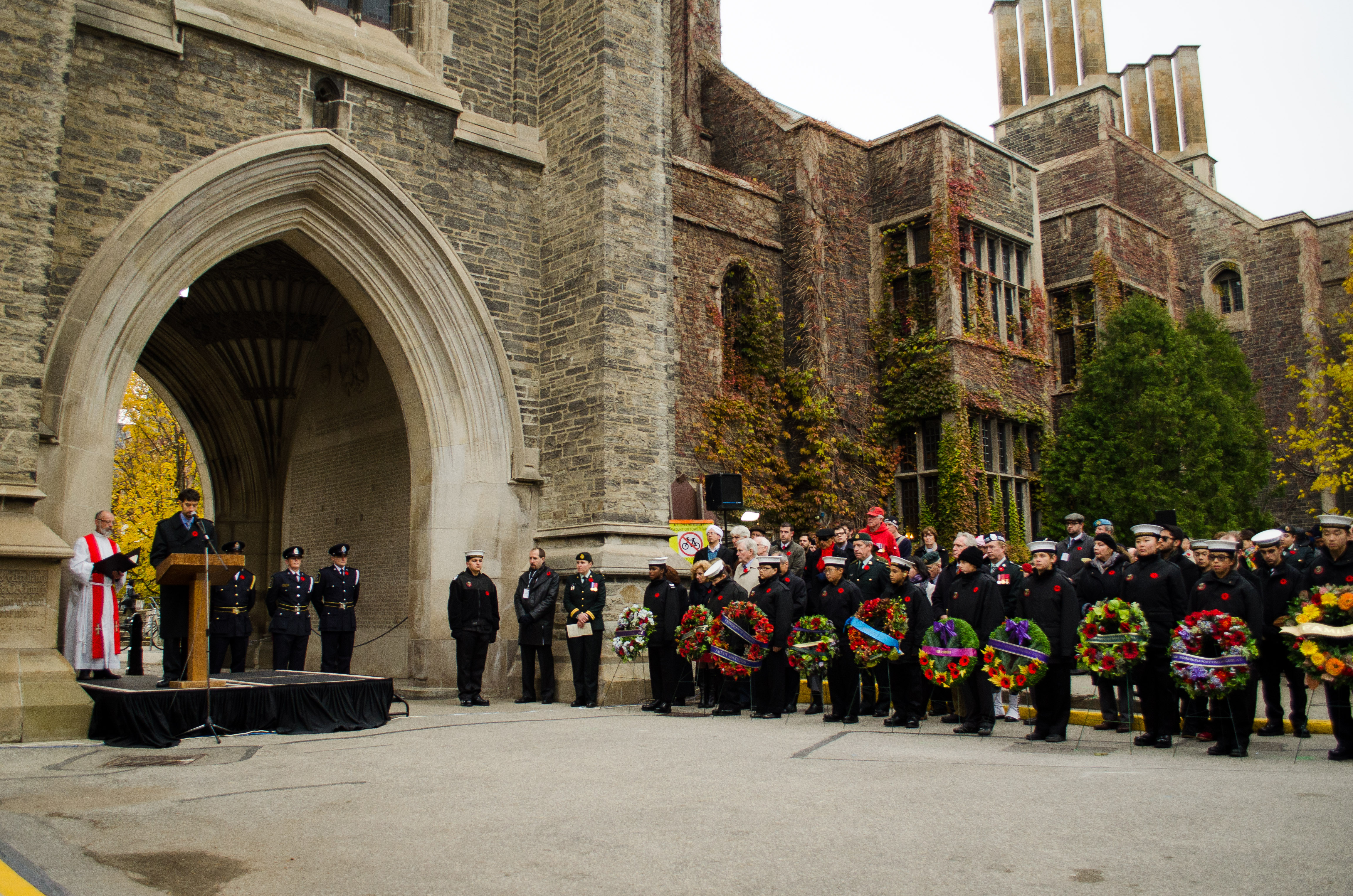 The 2013 Service of Remembrance at Soldier's Tower. Courtesy of U of T Archives.