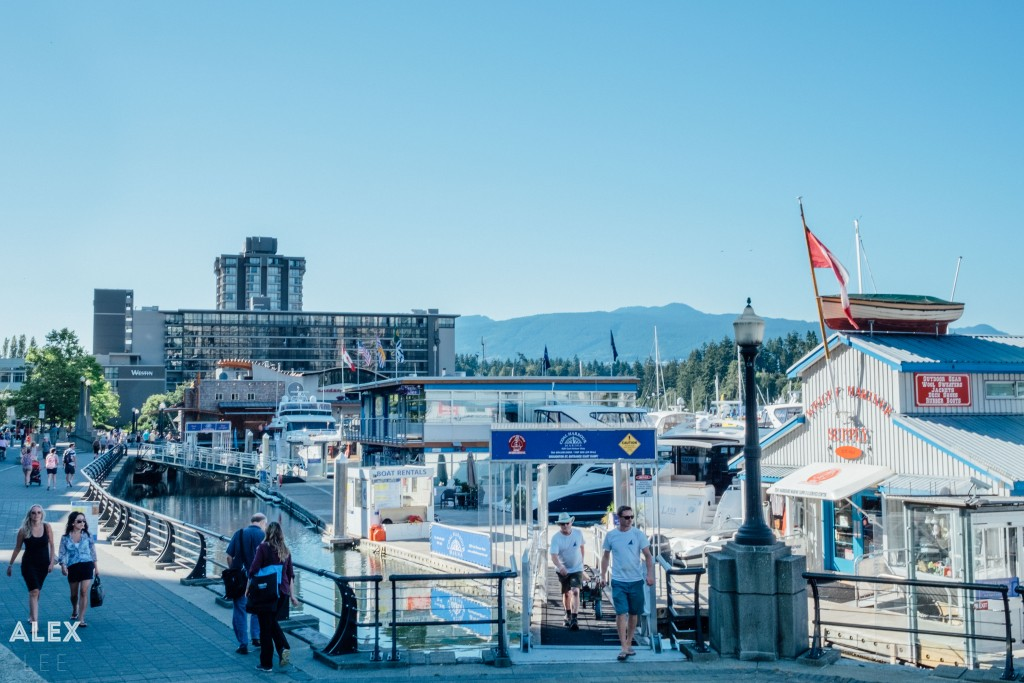 Who could ever say no to a stroll downtown by the waterfront? #Vancity