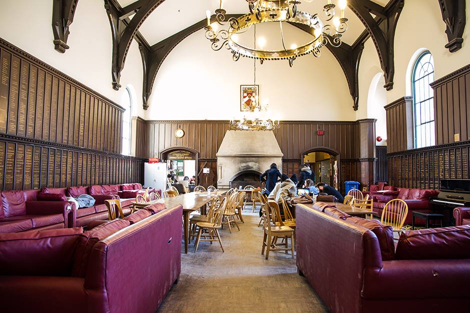 "ALT=""University College's red couches in the JCR"""