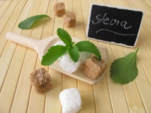 Stevia cubes and leaves are shown.