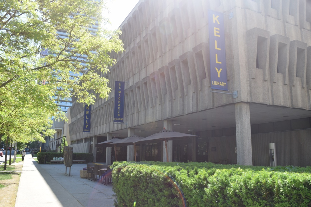 Kelly Library where Kelly Cafe is located