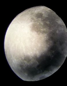 Close up picture of the moonssurface